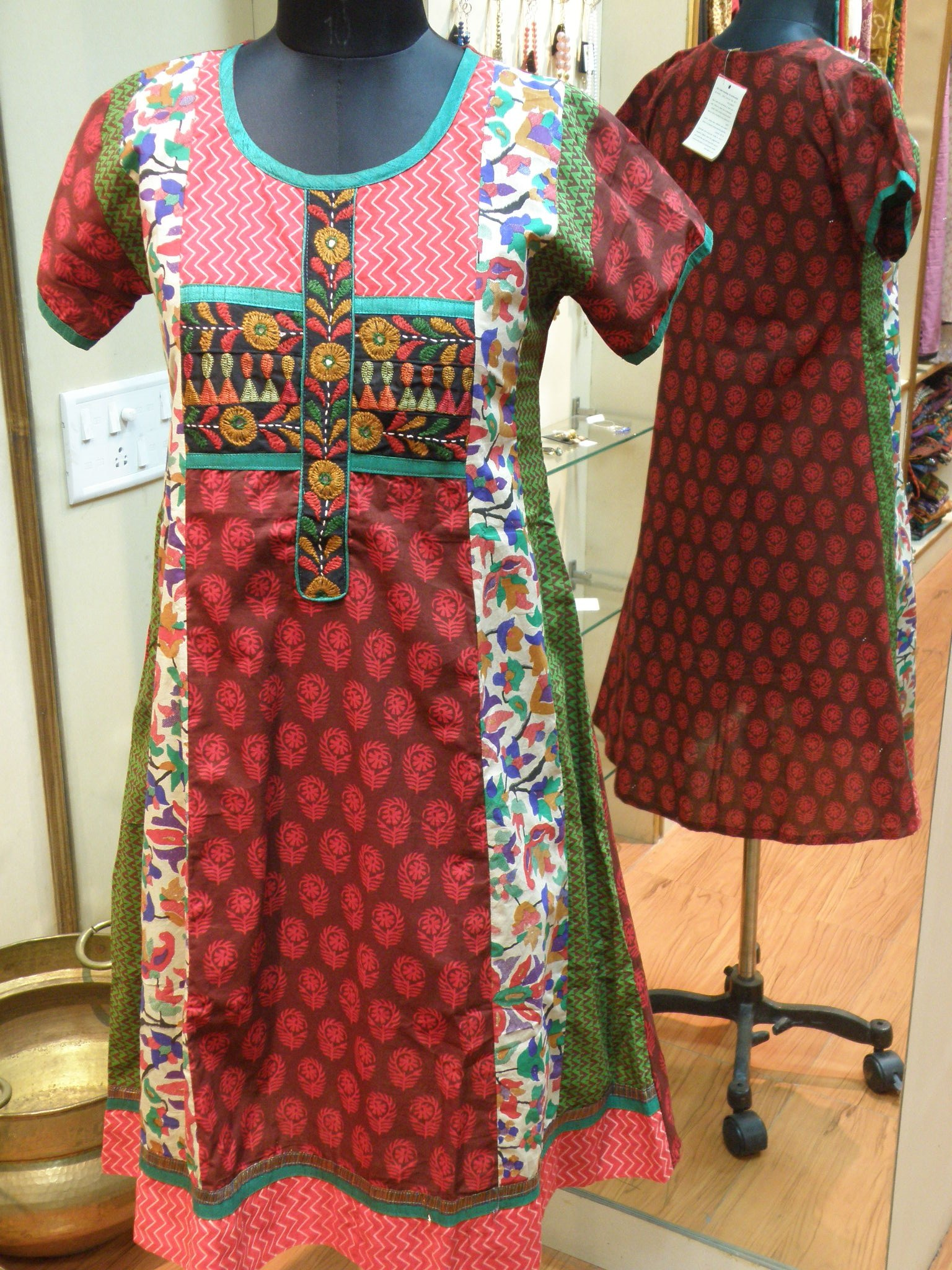 Hand embroidered kurta in cotton online shopping