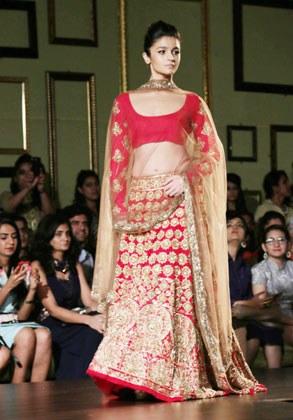 Alia Bhatt In Student Of The Year Lehenga Top Selling Pro