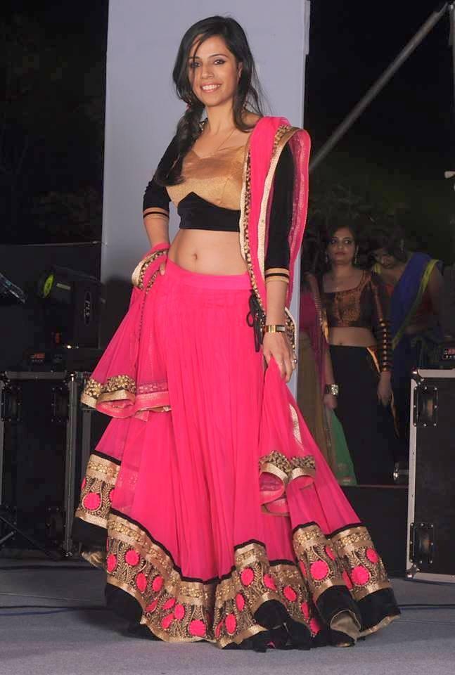 Manish malhotra bridal lehanga collection 2017