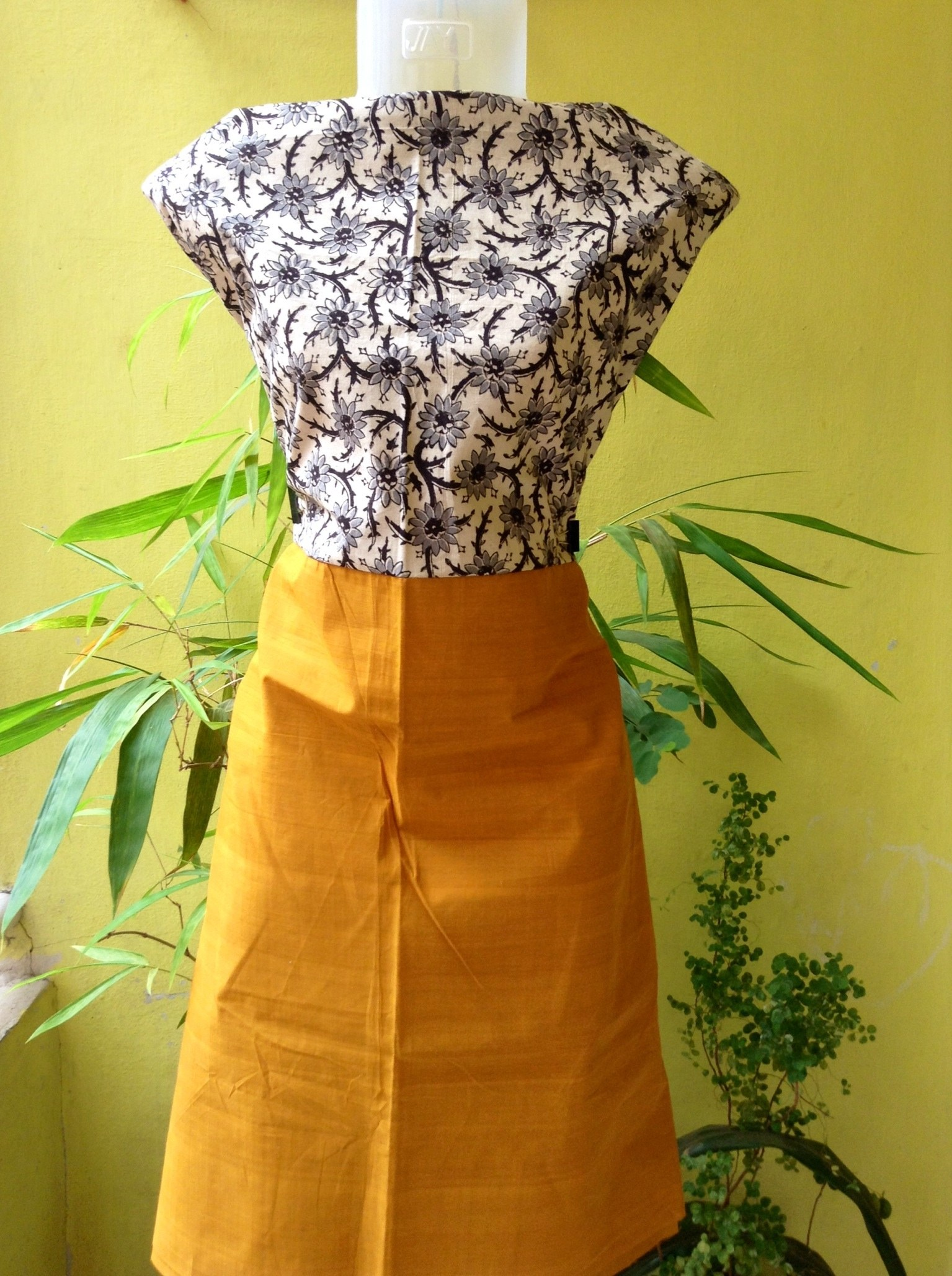 Colorful Cotton Cloth Clothing-colours n Cottons-1