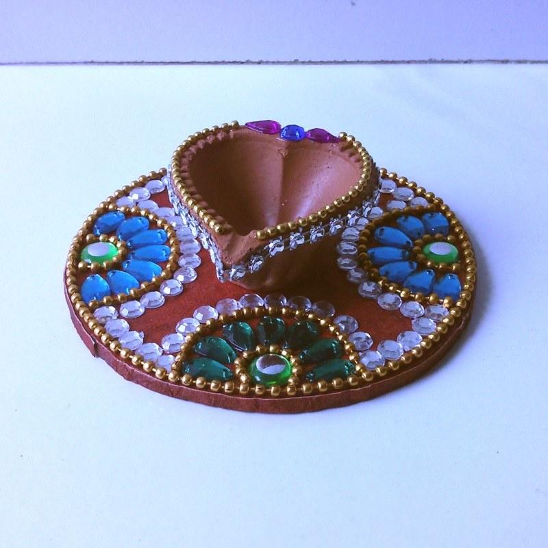 Kundan diya plate decorative diya ganesha navaratri for Art and craft diya decoration