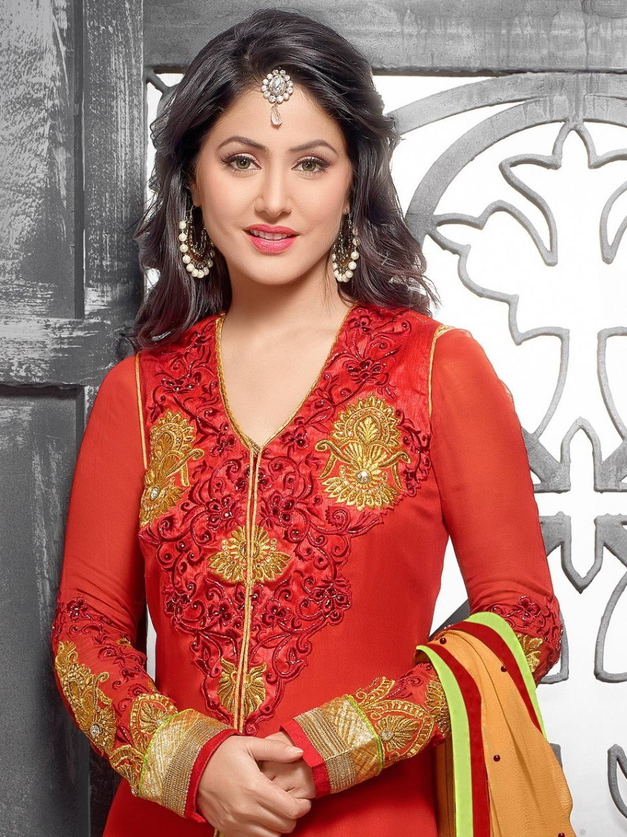 hina khan red and green embroidered georgette designer