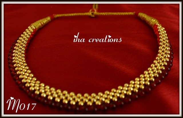 Traditional Maharashtrian Thusi With Red Droplets Online