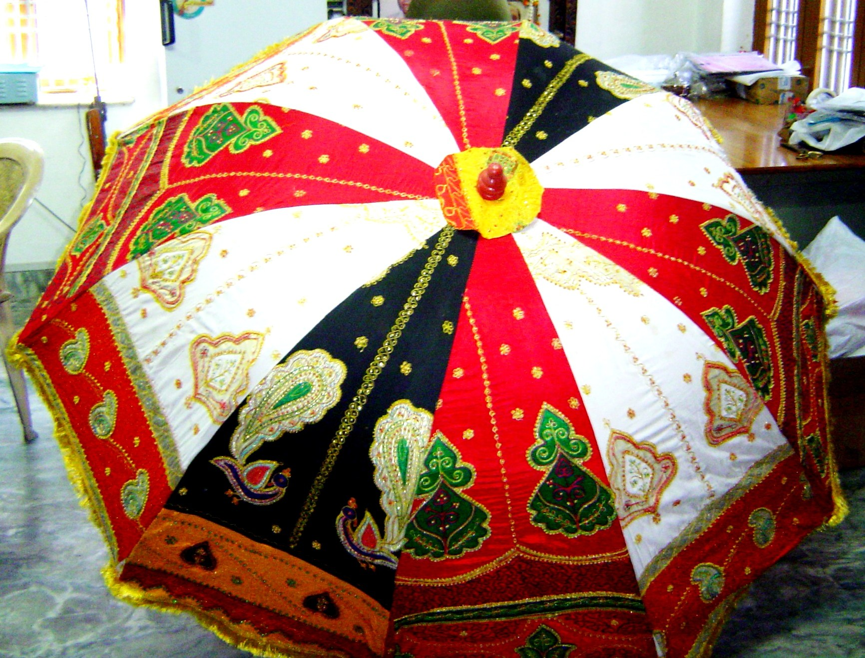 Garden Sun Umbrella With Patch Zari Work Assorted Colour