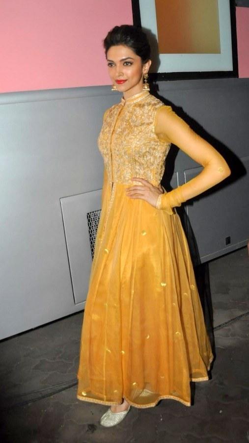 Stylish Deepika Padukone In Yellow Color of Anarkali Dress ...