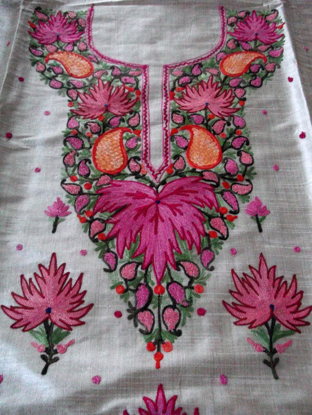 Traditional kashmir chinar aari embroidered dress material