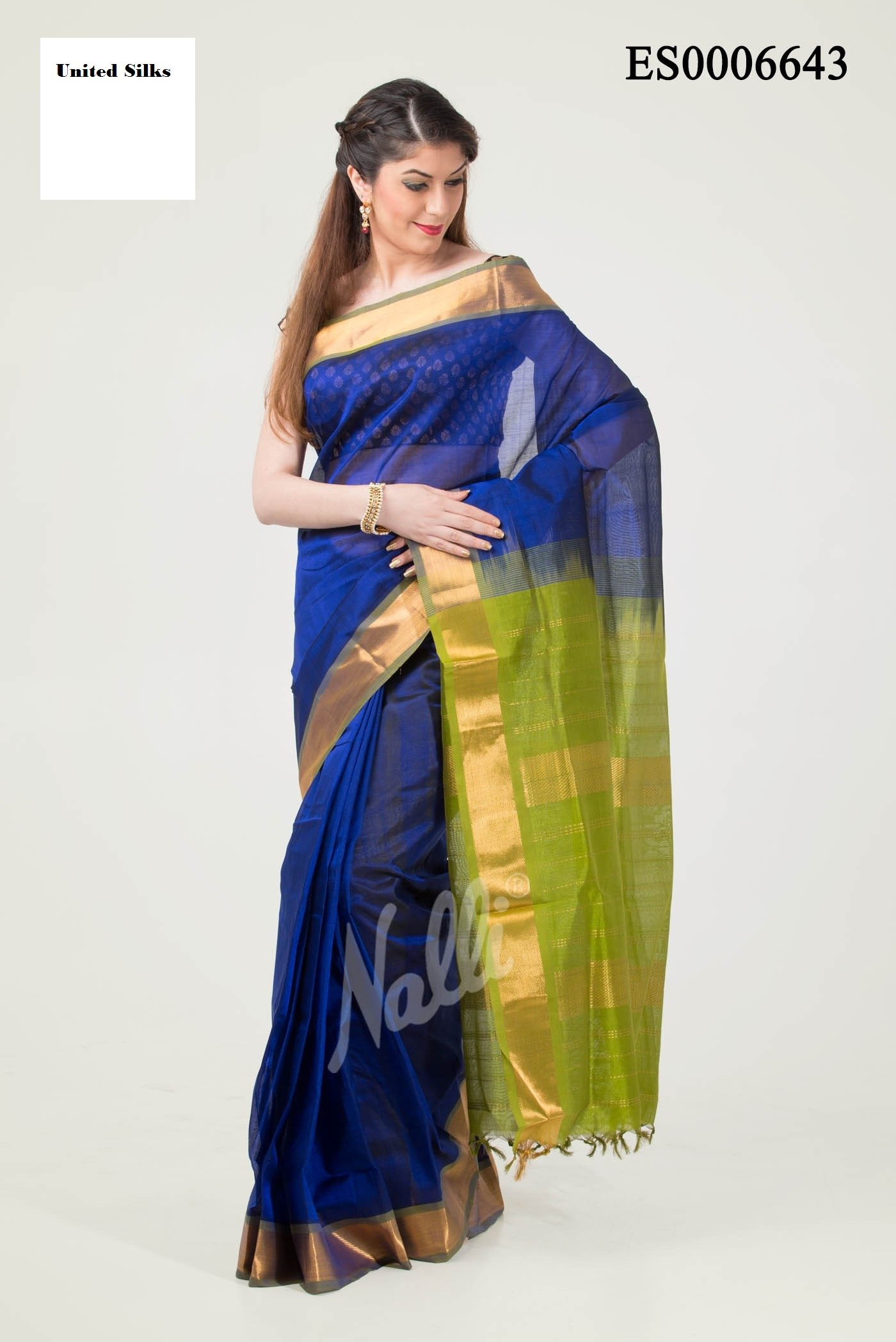Online shopping of saree borders