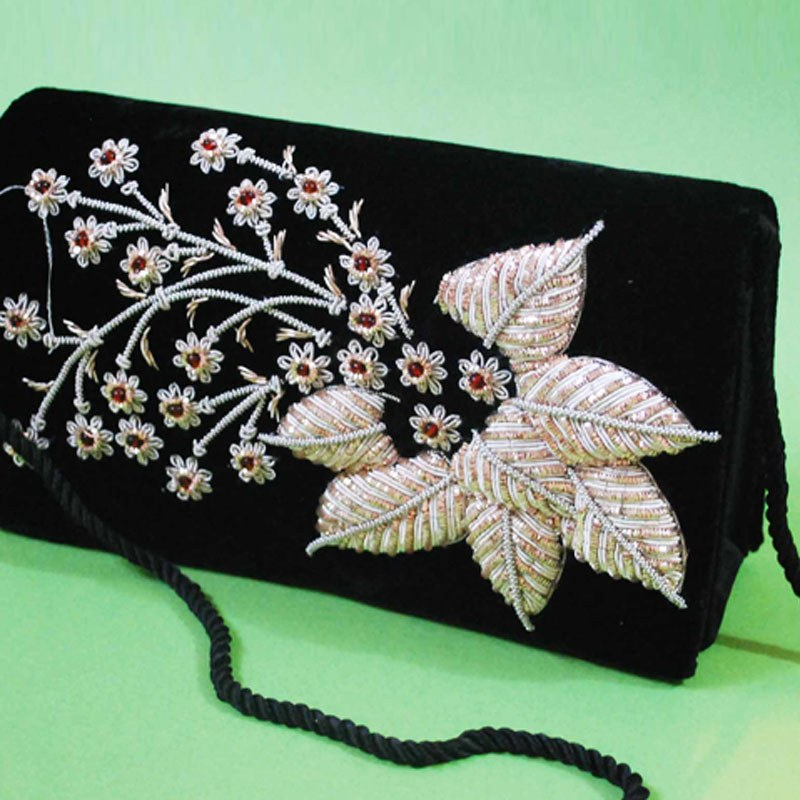 Flower design hand embroidery purse ihf asia online