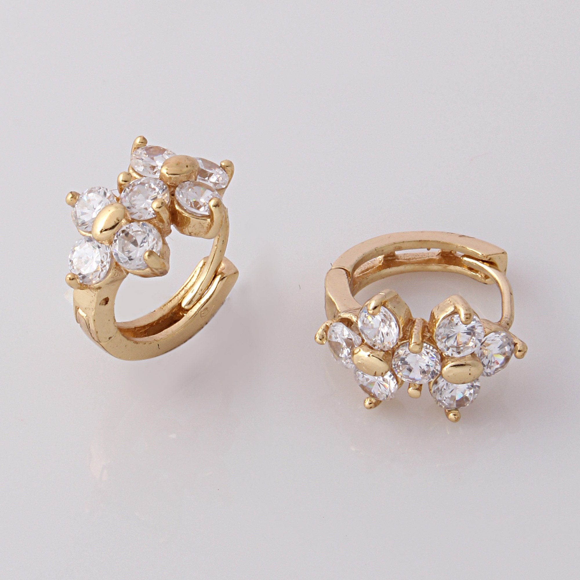 products bloomy daily wear pid jewellery studs earrings diamond