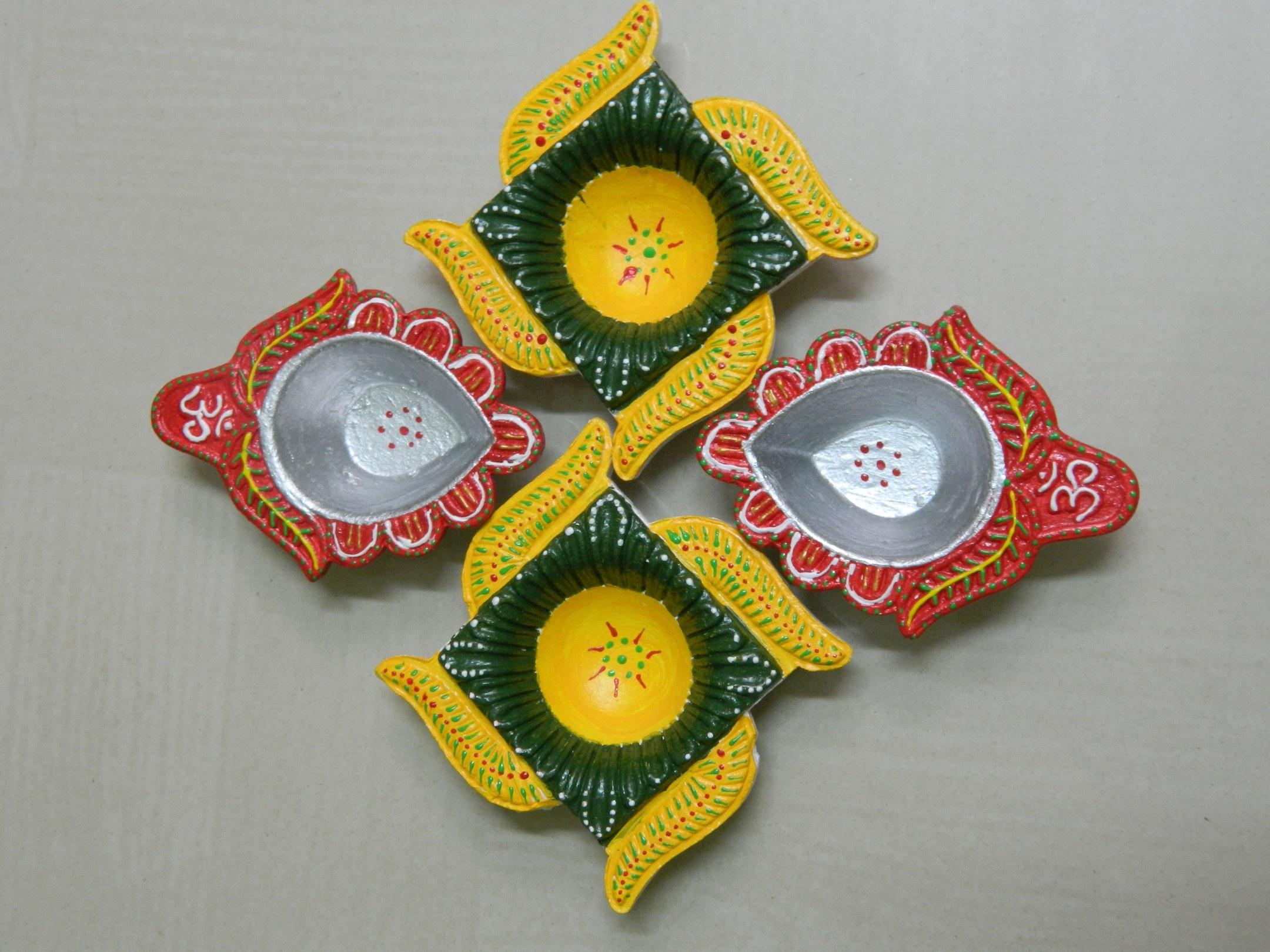 Diwali Diyas Online Shopping India: Indian Traditional Diwali Diya-Online Shopping-1