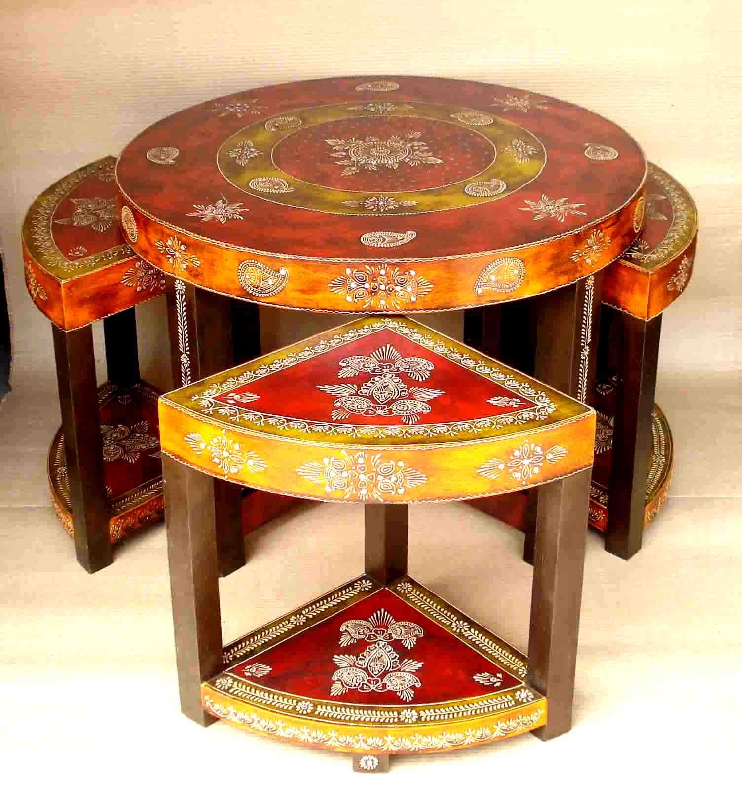 Decorating Coffee Tables With Belts graph