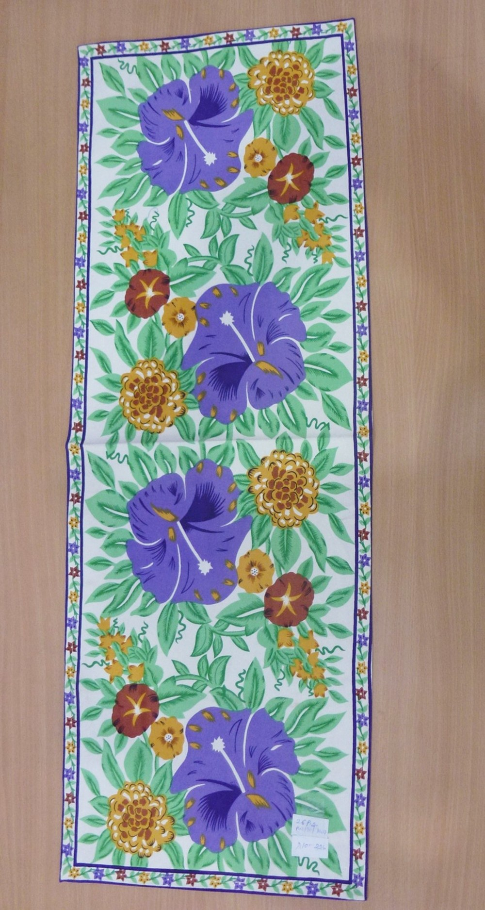 Table Runner One Pcs Canvas Made With Sanganeri Printed