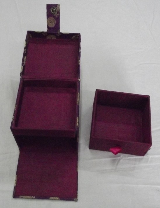 Jwellery shopping online